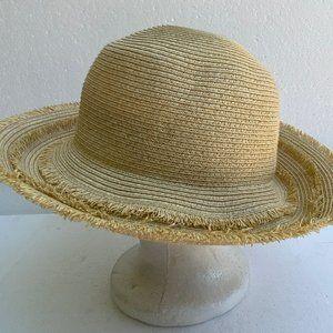Accessories - NWOT Sun Hat Straw